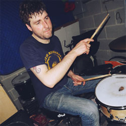 drum player image